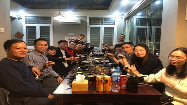Tiec_lien_hoan_chao_don_thanh_vien_moi_mai_nha_TAAP_Viet_Nam